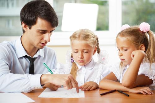Учитель английского языка для работы с учениками (2-5 лет ...